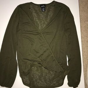 Low V-cut Forest Green Shirt